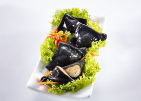 thumb-fish-dumpling-cheese-squid-ink