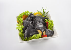 thumb-fish-dumpling-with-squid-ink-fish-roe